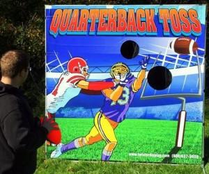 Quarterback_Toss_standard_2194