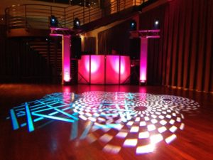 new-york-new-jersey-sweet-16-pink-theme-sweet-16-club-lighting-design--1024x768